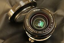 Early Nikon Nikkor  24mm f2,8  for Nikon F very clean