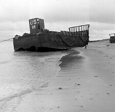 WWII Photo US Landing Craft on Normandy Beach  WW2 B&W World War Two / 8010