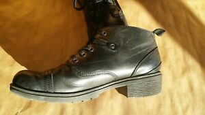 EUC Black Leather Eastland Overdrive Cap Toe Ankle Boot W US 8.5 Stlye 3138-01