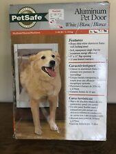 PetSafe Medium White Aluminum Pet Doggy Door 1-40 lbs. M413-185-11 New Open Box