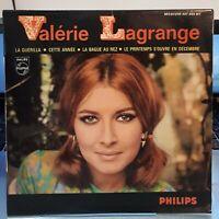 "EP 45T - VALERIE LAGRANGE "" LA GUERILLA (s.gainsbourg) "" Philips 437.055 de 1965"