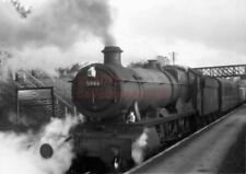 PHOTO  GWR 5946 MARWELL HALL ON A STOPPER AT ABERGAVENNY JUNCTION IN 1958