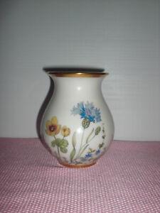 krautheim selb bavaria  wiesengrund & bergeshöh'n vase