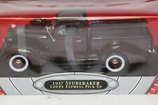 Yat Ming 1:18 1937 Studebaker Coupe Express Pick Up Truck Diecast Car NEW