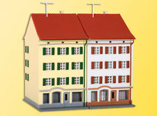 36843 Kibri Z Gauge Kit of Two apartment buildings with shop - NEW