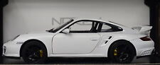 Porsche 911 GT2 weiß 2007 im Maßstab 1:18 von Norev