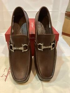 """Salvatore Ferragamo Men Brown Leather Shoes Loafers. Size-9EE """"SWAN"""""""