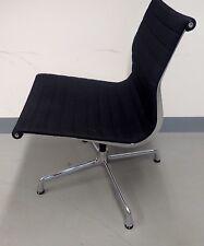 3x drehbarer Vitra Aluminium Chair Eames EA 108 dunkelgrau Hopsak Bürostuhl