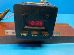 1983-86 FORD MUSTANG GT DASH DIGITAL CLOCK