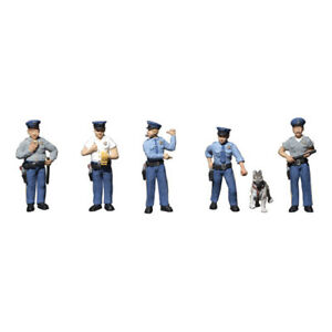 Woodland Scenics ~ HO Scale People Figures ~ Policemen ~ 6 Pieces ~ A1822