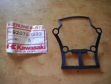 NOS Genuine Kawasaki Damper Box Rubber 1981 KZ550  - D1 GPZ 92075-1333