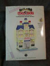 Dept. 56, Monopoly, Yorkshire Grand Hotel, Boardwalk # 56-13607 1999 retired