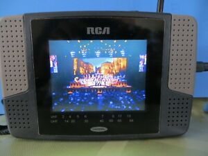 "RCA Vintage  L4000BC   PORTABLE  LCD TV VHF-UHF  4"" Television"