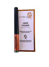 Nutraluxe MD Liquid Eye-liner con Eyelash Formula