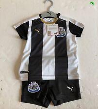 Newcastle Kid's PUMA 2015/16 S/S Home Match Mini Kit - 9/12 Months - Black - New