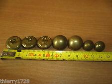 (B12) 7 BOUTONS MILITAIRES OBSOLETES GENDARMERIE LAITON 1/2 GRELOT GAUNT&SON LON