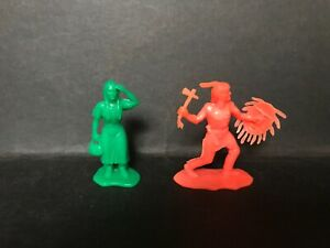 CEREAL TOY R&L COWBOYS & INDIANS 1971 - LITTLE FLOWER & RUNNING WOLF RARE