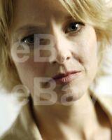 Jodie Foster 10x8 Photo