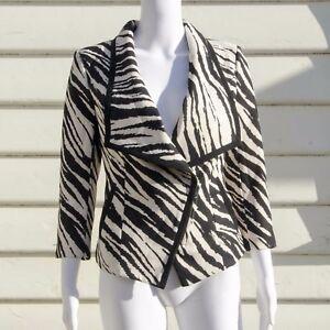 Vero Moda Zebra Print Long Sleeve Blazer Size 165 (S), 160 (XS) White and Black