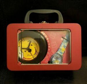 Vintage DISNEY WINNIE THE POOH Carry Tin Lunch Box Alaram CLOCK & WATCH SET NEW