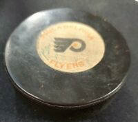Vintage NHL Official Philadelphia Flyers Viceroy Canada Rubber Puck Signed?