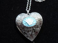 ANTIQUE SILVER ROSE CAMEO HEART LOCKET WHITE ON BLUE