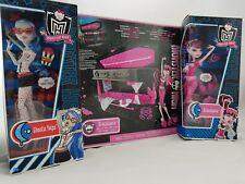 Mattel Monster High Gruselige Pyjamaparty - Draculaura Ghoulia & Schmuck Sarg