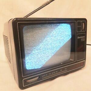 Vintage Portable Black & White 12v Television BENKSON PTV 9 Retro TV