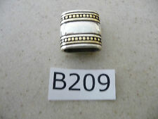 B209 Wholesale Lot of 125 Women Belt Accessories Silver Tone Loops ( Keepers )