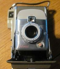 POLARIOD LAND CAMERA MODEL 80A W/ LEATHER CASE