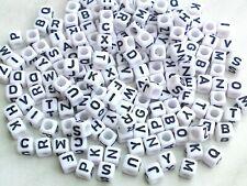 150 Buchstabenperlen 6mm Silber Kunststoffbuchstabe Acryl schmuck D100