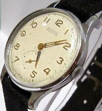 "VINTAGE EARLY RUSSIAN USSR MEN'S MILITARY STYLE ""VOSTOK"" WATCH/WHITE DIAL # 942"