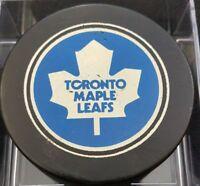 1970s VINTAGE TORONTO MAPLE LEAFS NHL OLD SLUG CANADA HOCKEY PUCK hole backside