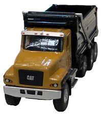 Cat Caterpillar 1:87 scale CT681 Dump Truck Diecast Mast 85514