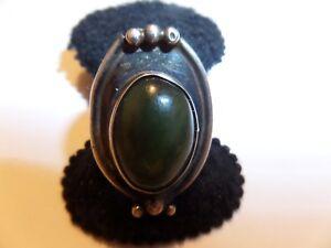 VINTAGE SOUTHWESTERN STERLING SILVER JADE RING SIZE 5 1/2 - 6 STAMPED TESTED