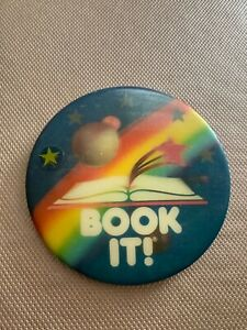 Vintage 1990 PIZZA HUT Book It Reading pin button pinback Holographic 3""
