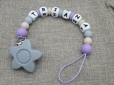 Chupetero bebe personalizado elige el nombre + REGALO bolsa regalo lila gris