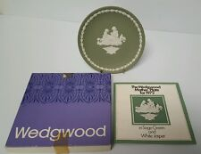 "Wedgwood Mother Plate 1972 Sage Green with Original Box & Paperwork (6.5"" diam)"