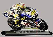 MODEL CARS, MOTO, Valentino Rossi, yamaha -01 avec horloge