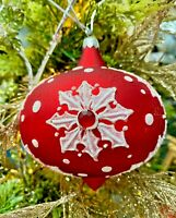 """4"""" Katherine's Collection ASPEN SNOWFLAKE GLASS ORNAMENT 02-931252 Red & White"""