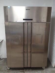 Gram Más -25 Grande Lab Congelador F 1400 Rsh C 2-Door