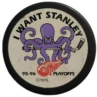 1995-1996 DETROIT RED WINGS OFFICIAL NHL STANLEY CUP PLAYOFFS HOCKEY PUCK