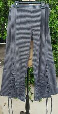 Tulip Size XS Black and Brown Striped Adjustable Leg Cotton Capri Pants
