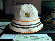 Stone Roses Bucket Hat Rosso Bianco Nero, A Guy Called Minty, Casual Connoisseur