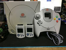 Sega Dreamcast  White Console w/ Controller, Cables and 2 VMUS Tested