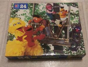 Brand New Sealed Vintage 1994 Sesame Street 24 Pc Puzzle Treehouse