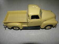 AMT ERTL 1950 Chevy Pickup Truck Cream Medium NIB