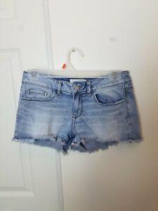 Victorias Secret Pink Jean Shorts Size 2 Stretch Denim Distressed Womens