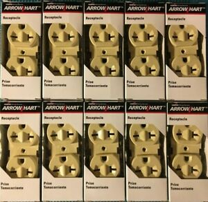 Cooper Arrow Hart Duplex Receptacle Outlet 815V-BOX 20A 250V 2-Pole 3-Wire Ivory