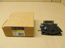 1 NIB GE CR305X500A AUXILIARY CONTACT 600 VAC 250 VDC 1 N.O. 1 N.C. FOR SIZE 5